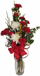 Christmas Bunch Vase from Verzaal's Florist & Events in Wilmington